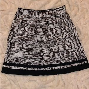 Ann Taylor LOFT patterned skirt
